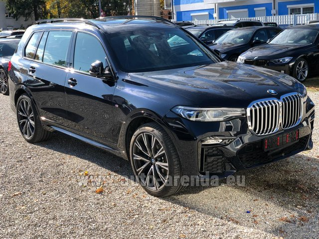Rental BMW X7 xDrive40i in Fontvieille