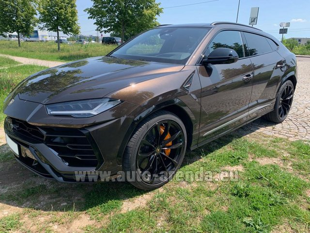 Hire and delivery to Cote D'azur International Airport the car Lamborghini Urus
