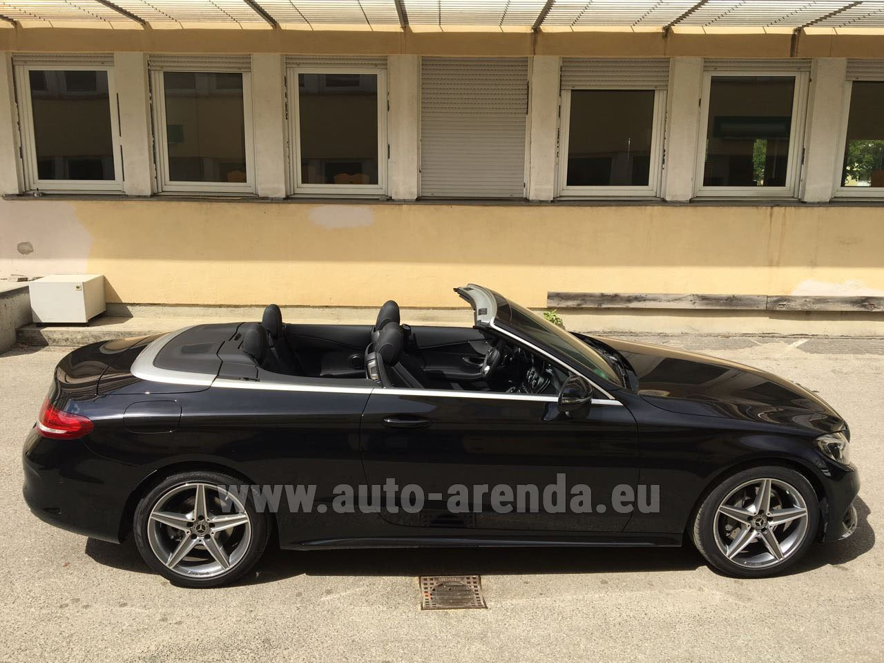 Fontvieille mercedes benz c class c 180 cabrio amg for Mercedes benz rental prices