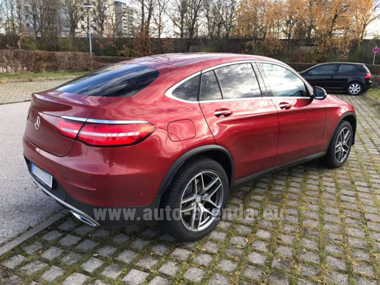 Monte carlo mercedes benz glc coupe rental for Mercedes benz rental prices