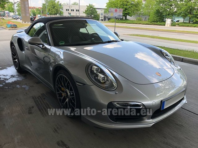 Rental Porsche 911 991 Turbo S in La Condamine