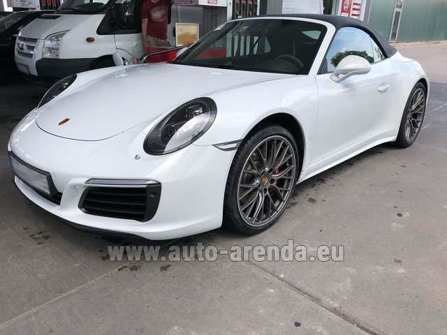 Rental Porsche 911 Carrera 4S Cabrio White in Monaco City