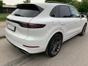 Rent-a-car Porsche Cayenne Turbo V8 550 hp in La Condamine, photo 4